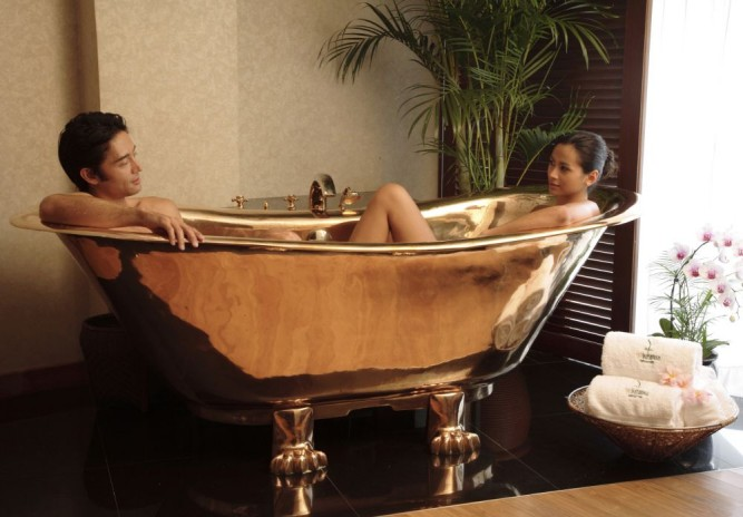 Royal Bath at the Spa Botanica at Sentosa Resort & Spa in Singapore