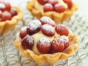Tarta, fructe de padure