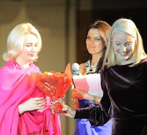Femeia Anului 2010, Mioara Iacob, Leslie Hawke