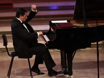 Horia Mihail, pianist