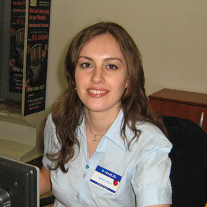 Maria Radoi, receptionista, Medlife