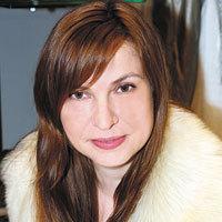 Ioana Antonescu, editor