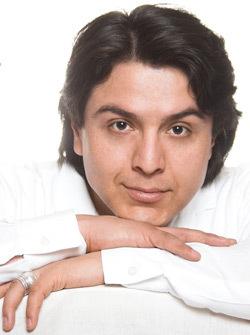 Hector Lopez, Tenor