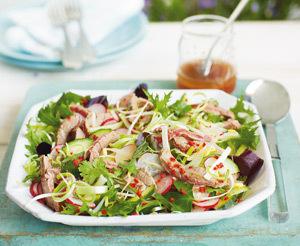 Salata in stil thailandez