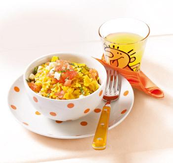 Salata caprese cu mini farfale