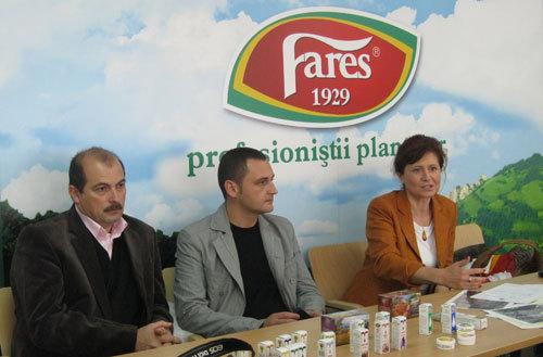Radu Moldavan, sef department cercetare; Radu Joca, sef productie; Adelina Hanciu, brad manager.