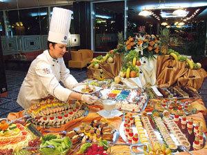 Emilia Ghisoi , Lady Chef
