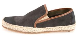 Pantofi, Il Passo