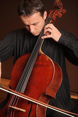 Razvan Suma, violoncel