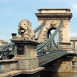 Budapesta, Podul Leopold