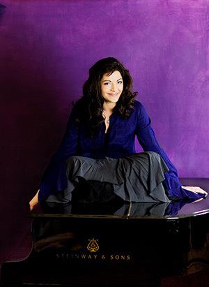 Mihaela Ursuleasa, pianista