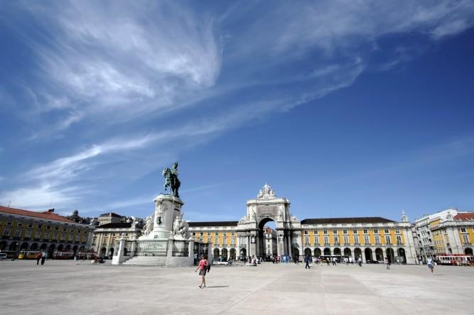 Lisabona -praça-do-Comércio(1)