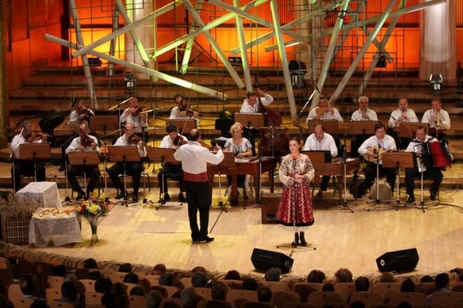 Orchestra M Populara Radio