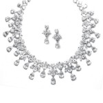 Set Spectacular Luxury Diamonds - Borelay. Pret 1.000 lei