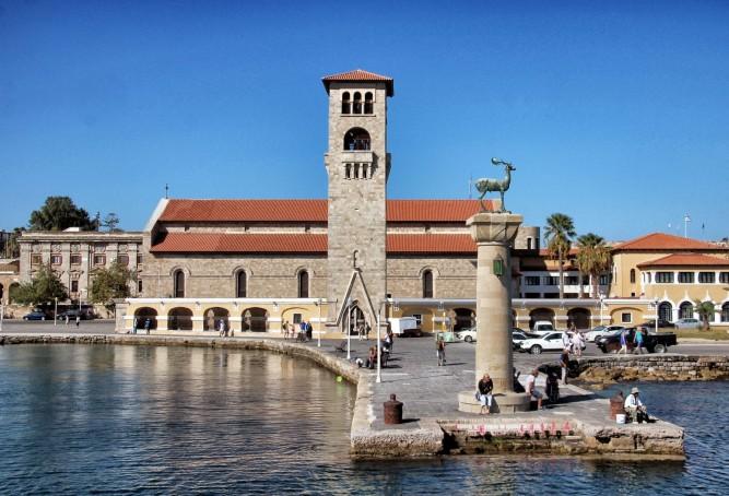Mandraki-Hafen, Rhodos - Stadt