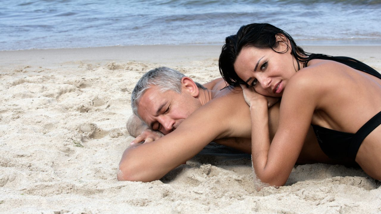 o femei care caută un bărbat calm)