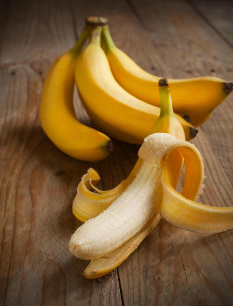 12 întrebuinţări surprinzătoare ale cojilor de banană
