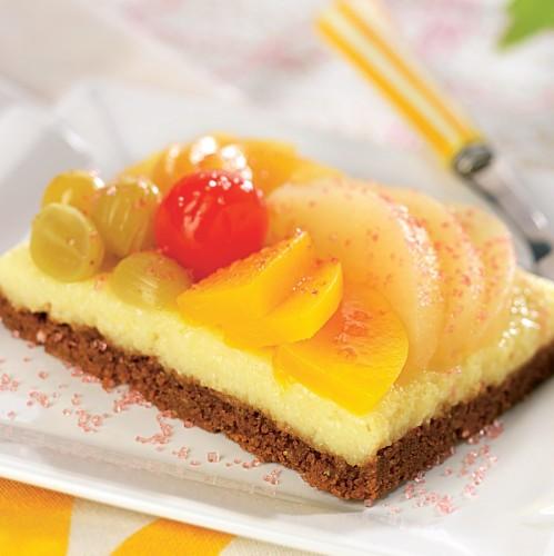 prajitura-gris-fructe