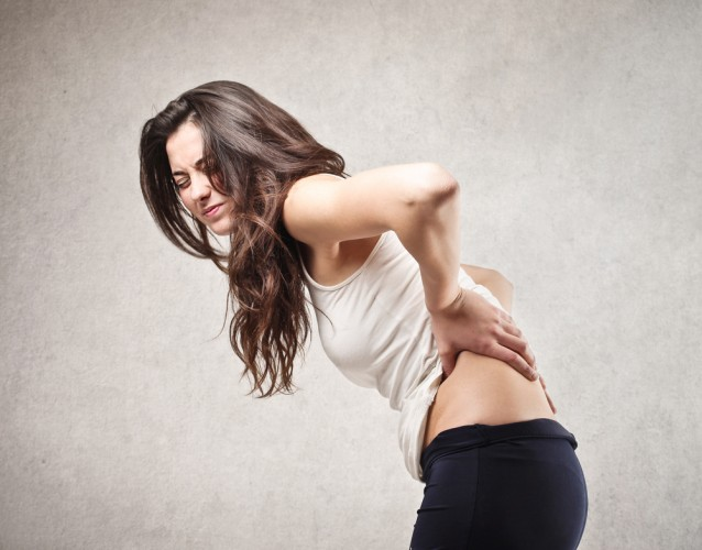 femeie-dureri-spate