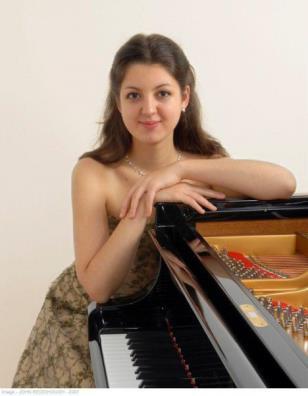 alexandra-dariescu