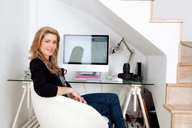 femeie-computer
