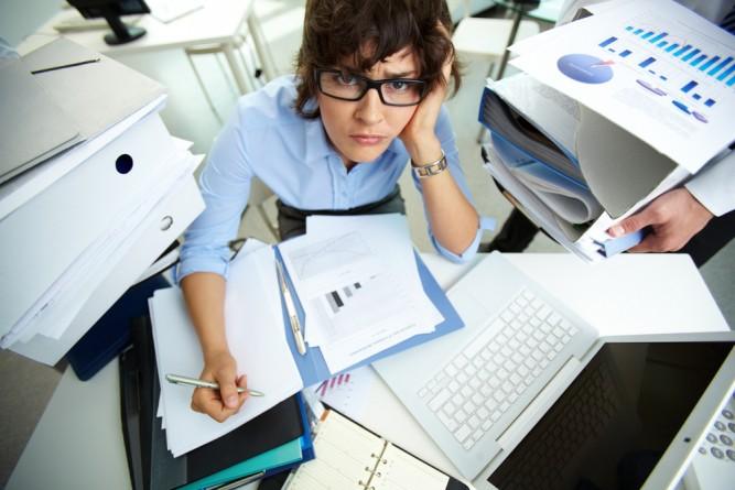 femeie-workaholic