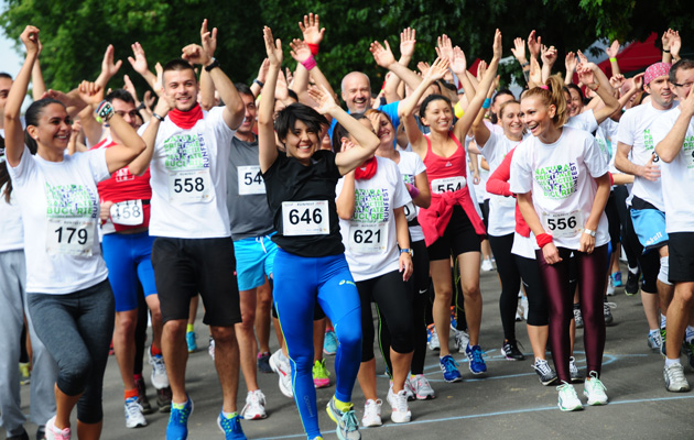 oameni la maraton