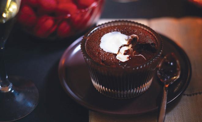 budinca de ciocolata la cesti