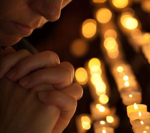 Rugăciunea poate să scoată chiar şi un suflet din iad