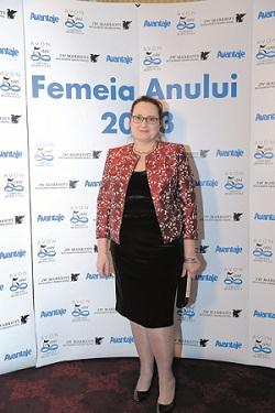 Mihaela Sasarman Femeia anului 2013 pentru proiecte de advocacy impotriva violentei domestice