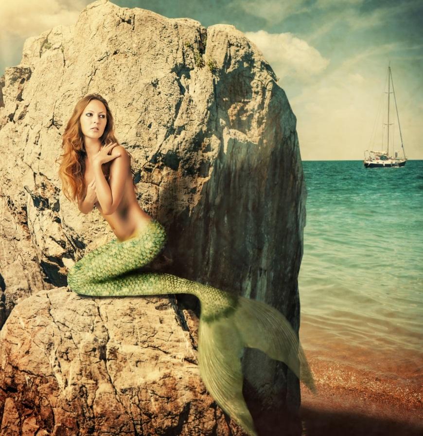 sirena-femeia-pesti