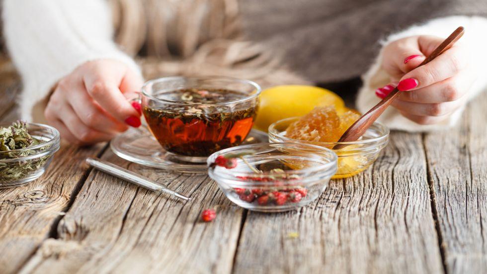 Bucură-te de toate beneficiile ceaiului