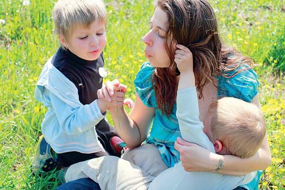 Loredana Kaschovits cu copiii
