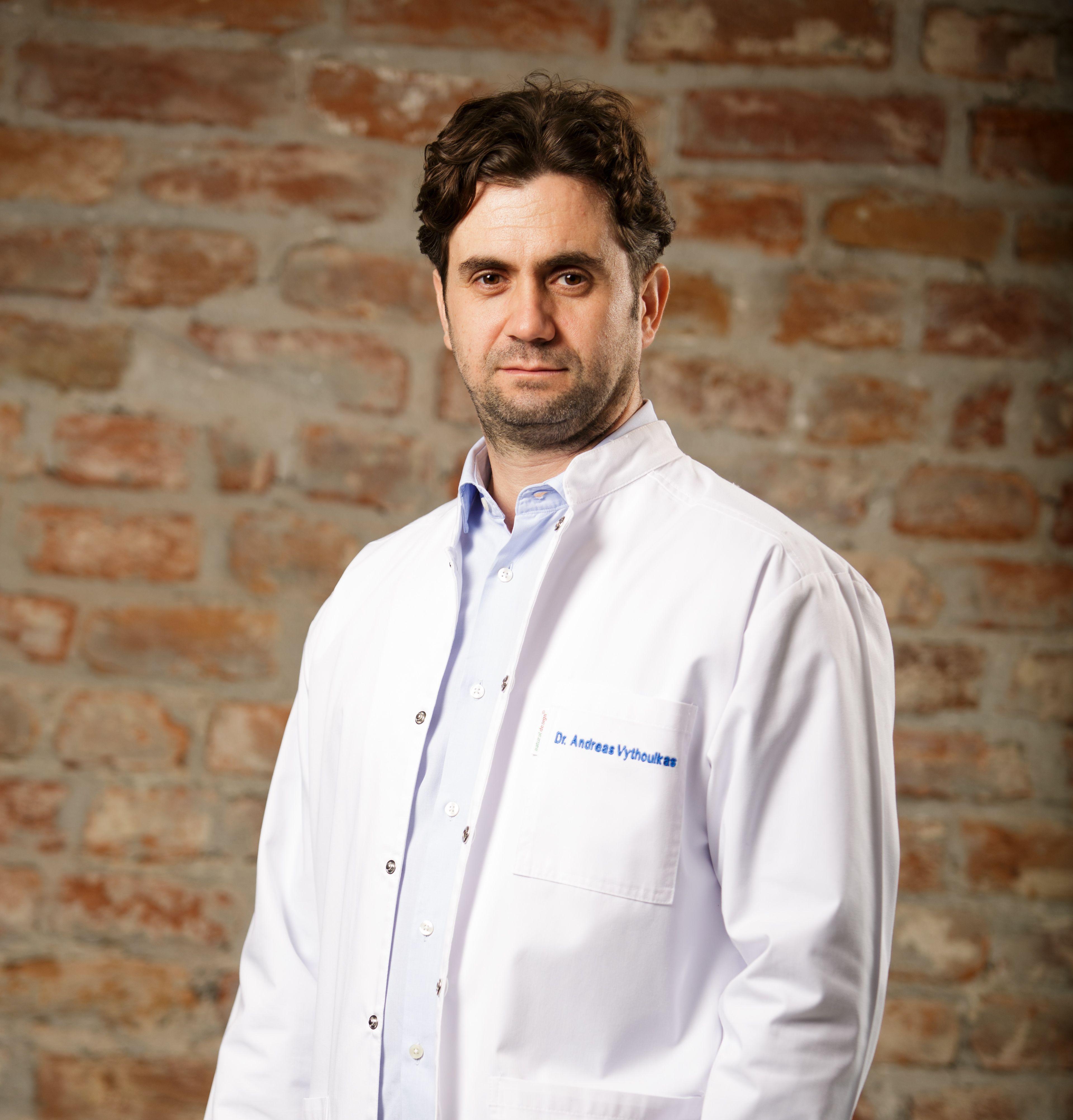 Medicul Andreas Vythoulkas