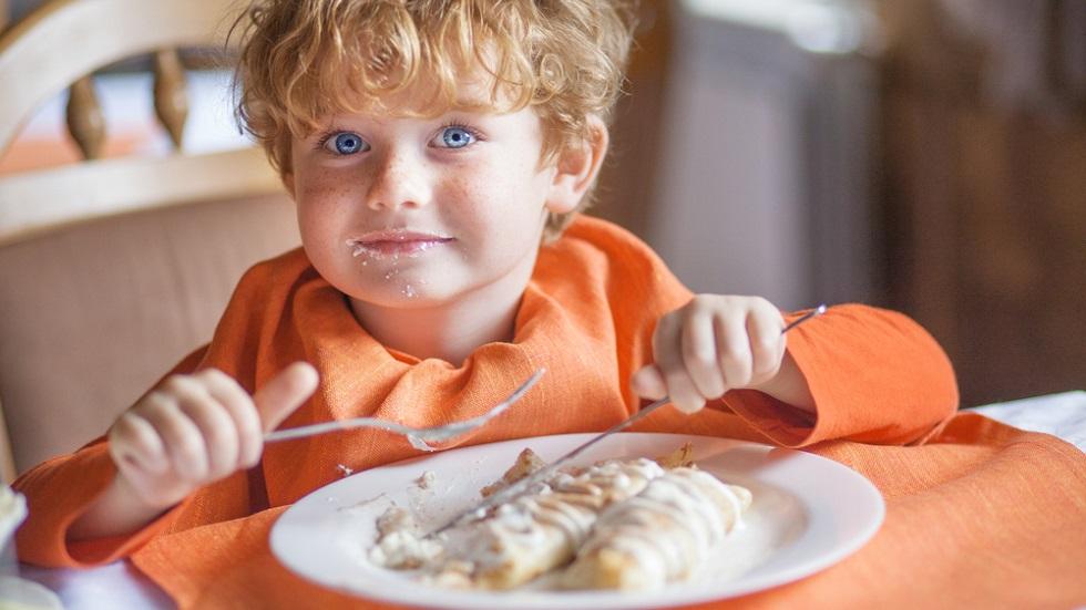 micul-dejun al copiilor