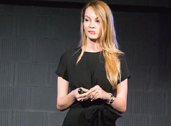 roxana dumitrache, conferinta TEDx