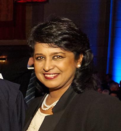 Cele 10 femei președinte. AMEENAH GURIB, Mauritius