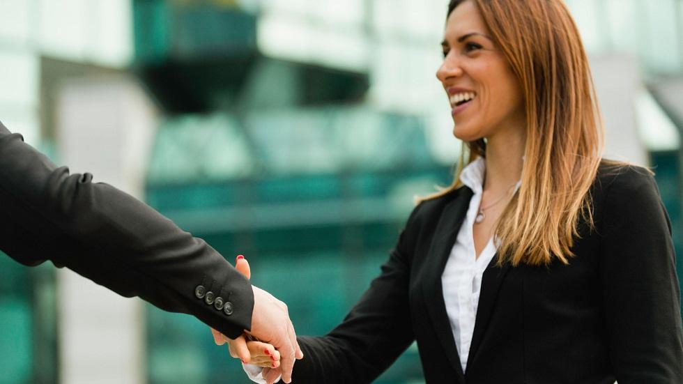 10 caracteristici care te ajută să ai succes în carieră