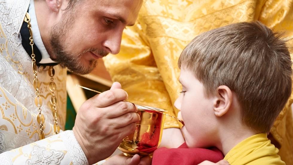 cum ne pregătim pentru Sfânta Împărtășanie