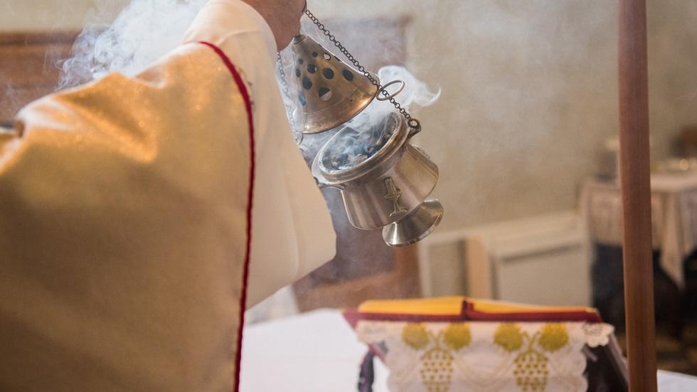 de ce este bine să faci sfeștanie înainte de Paște