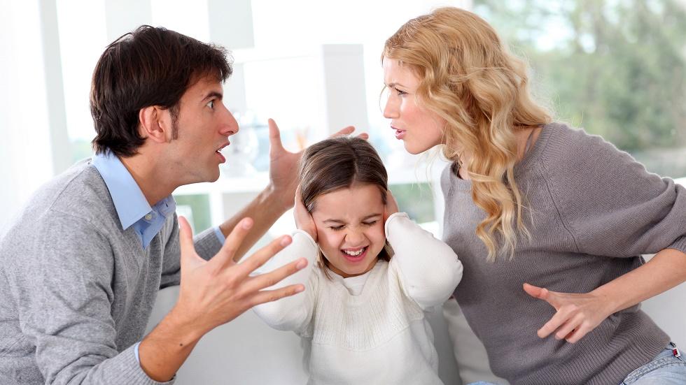 r trebui evitate certurile în fața copiilor