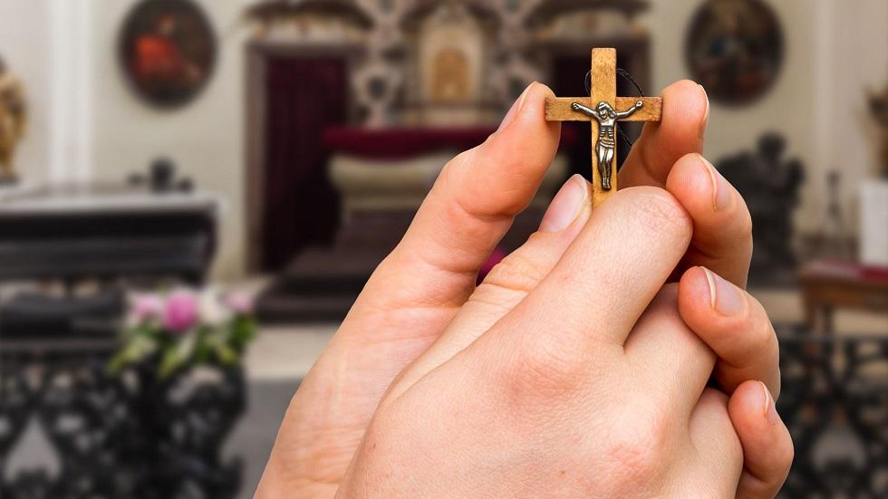 de ce este bine sa-ti faci semnul sfintei cruci