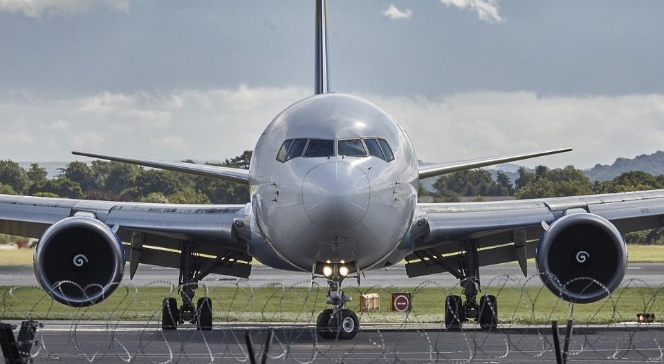 zborul cu avionul