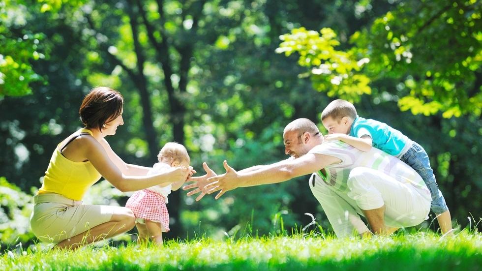 10 lucruri pe care orice părinte ar trebui să le facă în prezența copilului