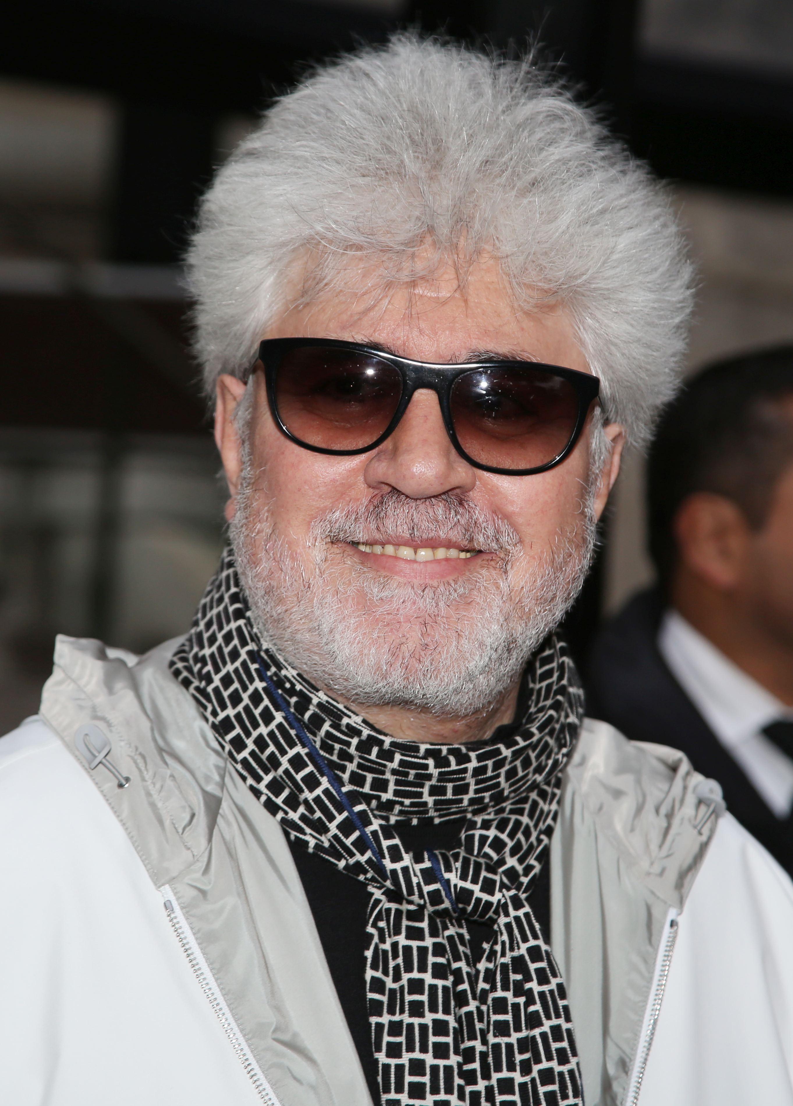 Anul acesta, juriul de la Cannes este prezidat de regizorul spaniol Petro Almodovar, care este și scenarist.