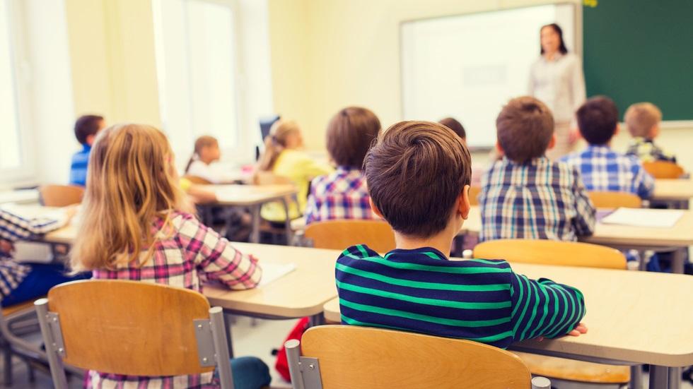 Reducerea analfabetismului funcțional poate aduce o creștere a economiei
