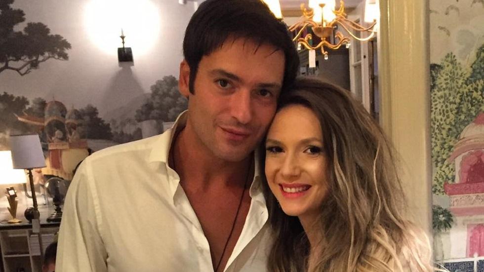Adela Popescu și Radu Vâlcan i-au tăiat moțul băiețelului lor