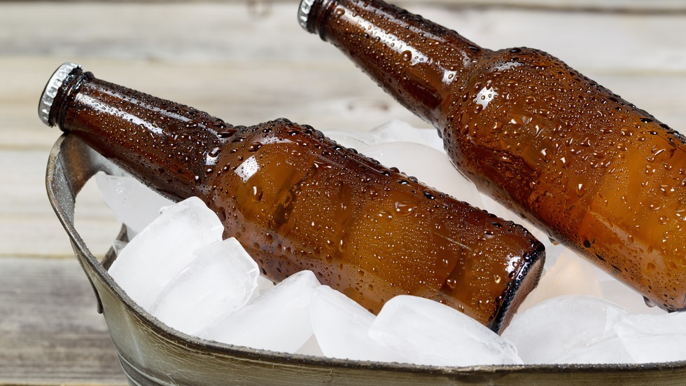 Cea mai rapidă metodă care te ajută să răcești berea
