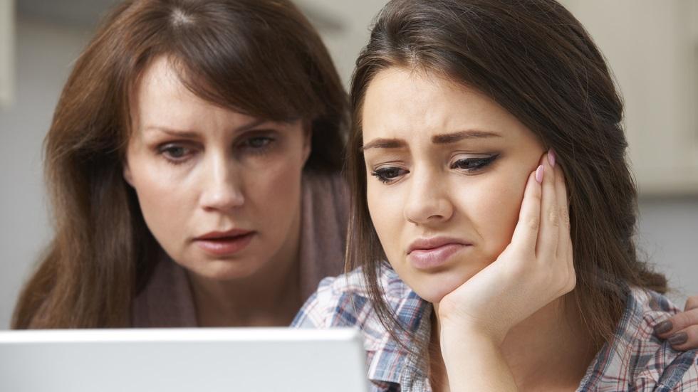 Cum poți depăși ca părinte grijile pentru examenele copilului