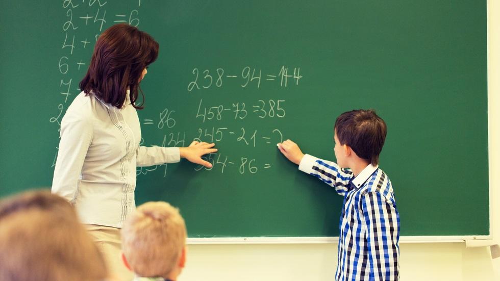 Profesorii cer salarii mai mari